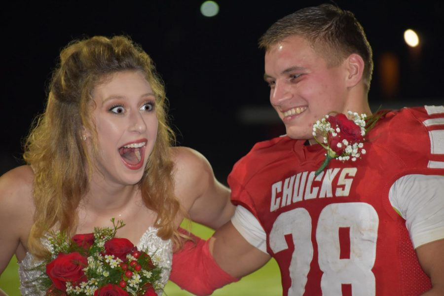Makena+Nesbitt+and+escort+Max+London+react+to+hearing+Nesbitt%27s+name+announced+as+Homecoming+Queen.+