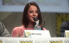 Kaya Scodelario plays the main character, Kat Baker.
